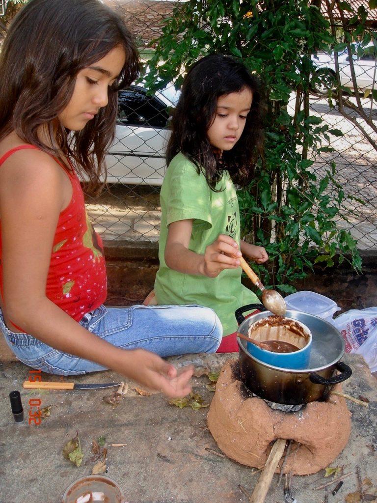DIY rocket stoves with kids